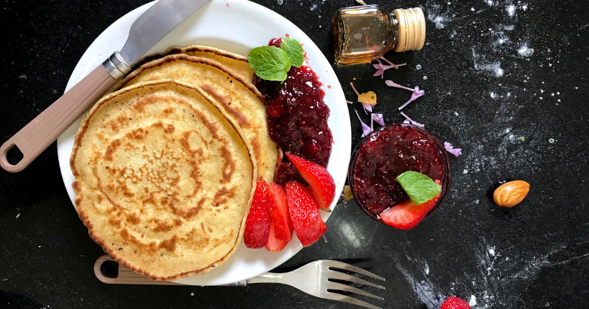 Pancakes caseros con mermelada al gusto